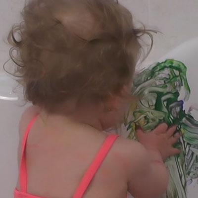 Peinture bébé sans salir